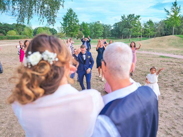 Le mariage de Bryan et Manon à Orléans, Loiret 144