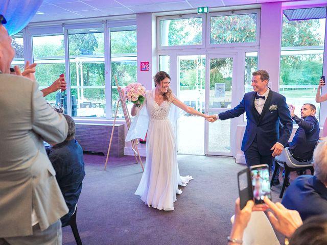 Le mariage de Bryan et Manon à Orléans, Loiret 165