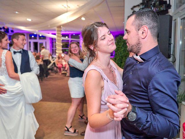 Le mariage de Bryan et Manon à Orléans, Loiret 197