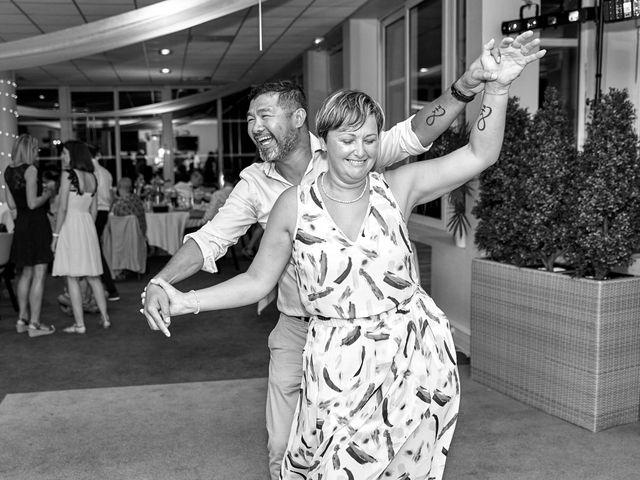 Le mariage de Bryan et Manon à Orléans, Loiret 203