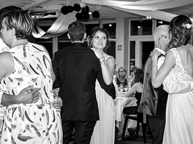 Le mariage de Bryan et Manon à Orléans, Loiret 220