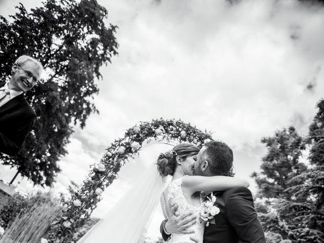 Le mariage de Vladimir et Jamila à La Chapelle-de-Guinchay, Saône et Loire 26