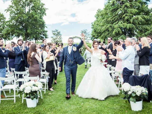 Le mariage de Vladimir et Jamila à La Chapelle-de-Guinchay, Saône et Loire 29