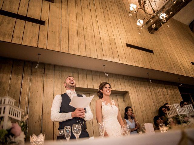 Le mariage de Vladimir et Jamila à La Chapelle-de-Guinchay, Saône et Loire 51