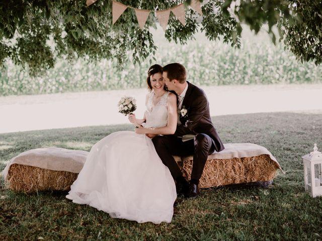 Le mariage de Thomas et Anne-laure à Mouthiers-sur-Boëme, Charente 25