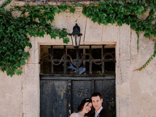Le mariage de Thomas et Anne-laure à Mouthiers-sur-Boëme, Charente 37