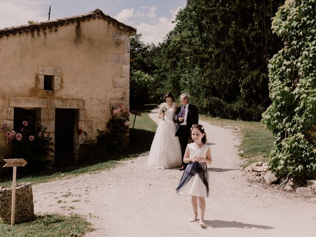 Le mariage de Thomas et Anne-laure à Mouthiers-sur-Boëme, Charente 50