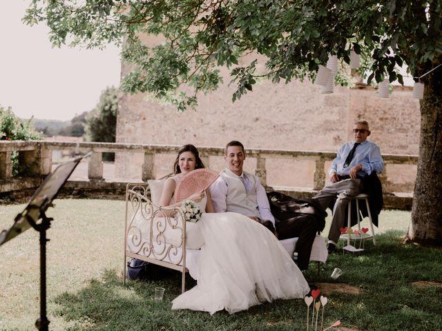 Le mariage de Thomas et Anne-laure à Mouthiers-sur-Boëme, Charente 56