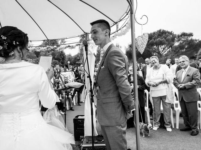 Le mariage de Marc et Laëtitia à Sainte-Mesme, Yvelines 75