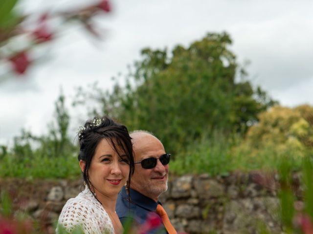 Le mariage de Benoit et Emeline à Gauriac, Gironde 3