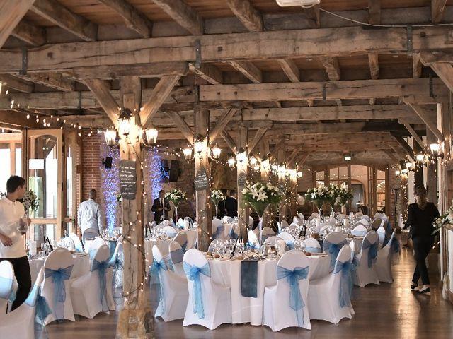 Le mariage de Alexandre et Amaelle à Terrasson-Lavilledieu, Dordogne 11