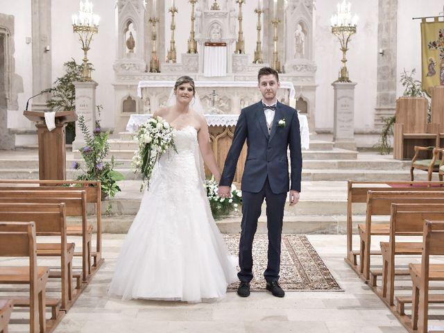 Le mariage de Alexandre et Amaelle à Terrasson-Lavilledieu, Dordogne 40