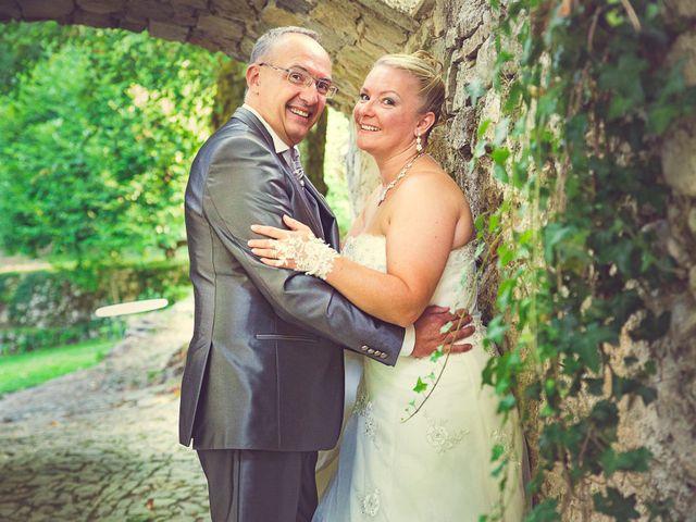 Le mariage de Laurent et Natacha à Forcalqueiret, Var 16