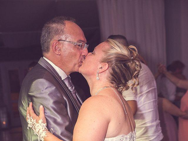 Le mariage de Laurent et Natacha à Forcalqueiret, Var 30