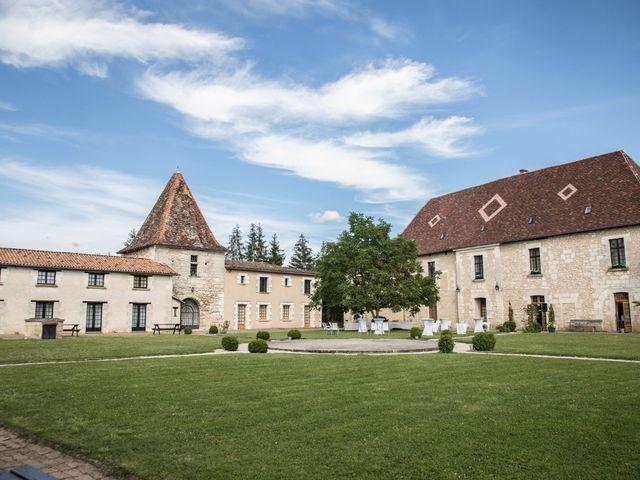 Le mariage de Sébastien et Julie à Château-l'Évêque, Dordogne 31