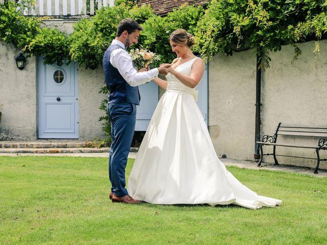Le mariage de Nicolas et Camille à Saint-Léger-en-Yvelines, Yvelines 27