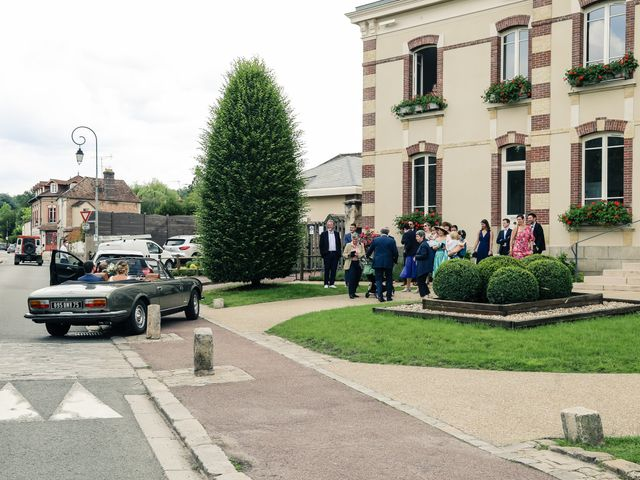 Le mariage de Nicolas et Camille à Saint-Léger-en-Yvelines, Yvelines 33