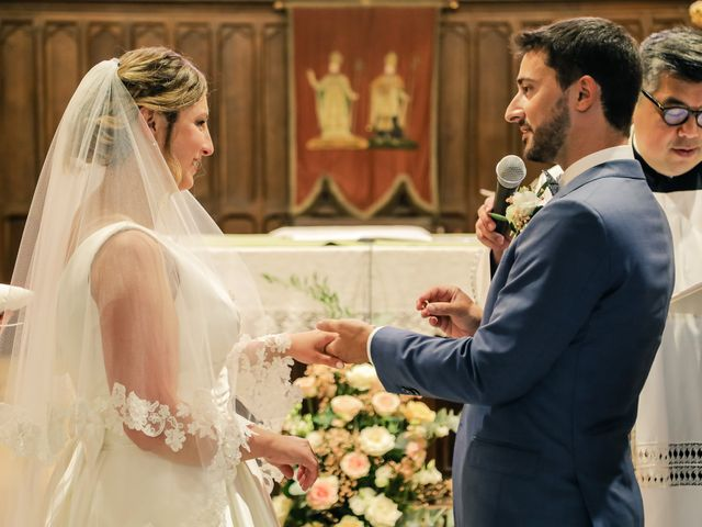 Le mariage de Nicolas et Camille à Saint-Léger-en-Yvelines, Yvelines 94