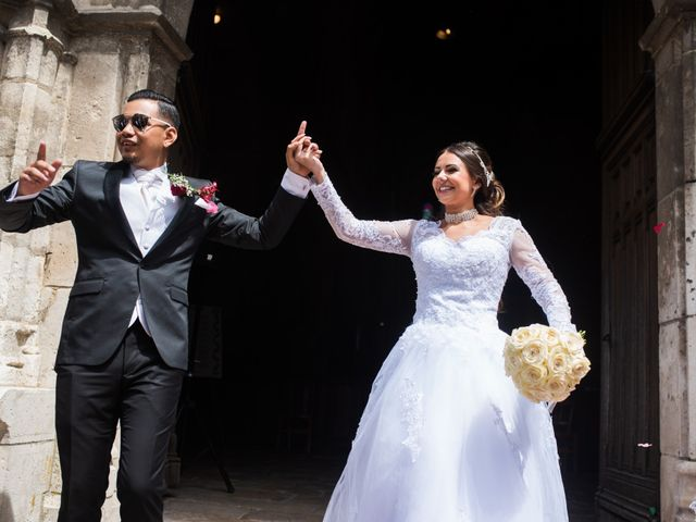Le mariage de Nicolas et Anais à Lorris, Loiret 24