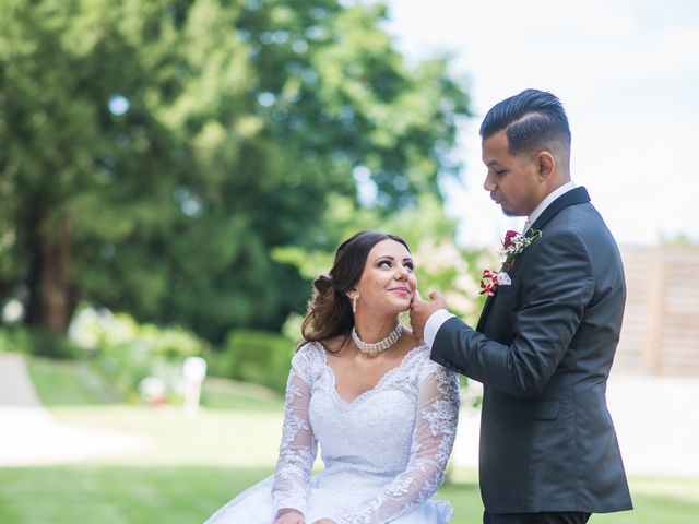 Le mariage de Nicolas et Anais à Lorris, Loiret 26
