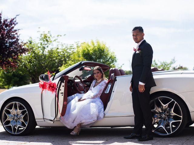 Le mariage de Nicolas et Anais à Lorris, Loiret 1