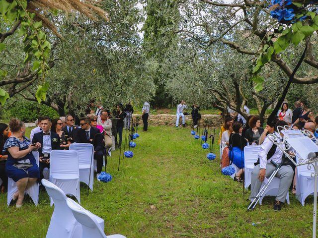 Le mariage de Marine et Delphine à Venterol, Hautes-Alpes 15