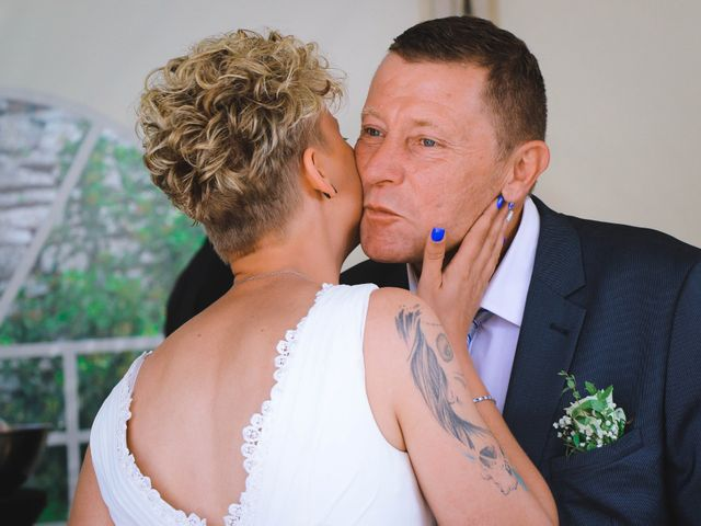 Le mariage de Marine et Delphine à Venterol, Hautes-Alpes 31