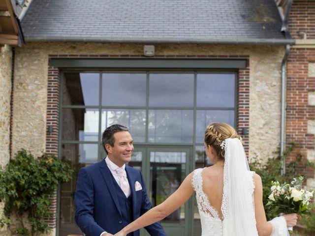 Le mariage de Damien et Aurélie à Béville-le-Comte, Eure-et-Loir 3