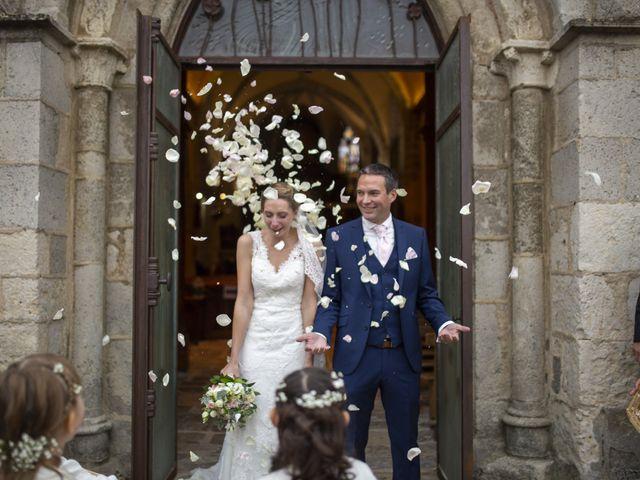 Le mariage de Damien et Aurélie à Béville-le-Comte, Eure-et-Loir 7