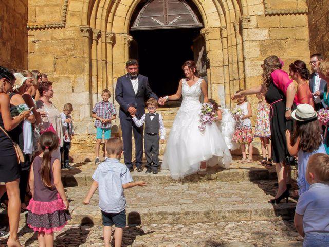 Le mariage de Paul et Céline à Saint-Amand-de-Coly, Dordogne 25