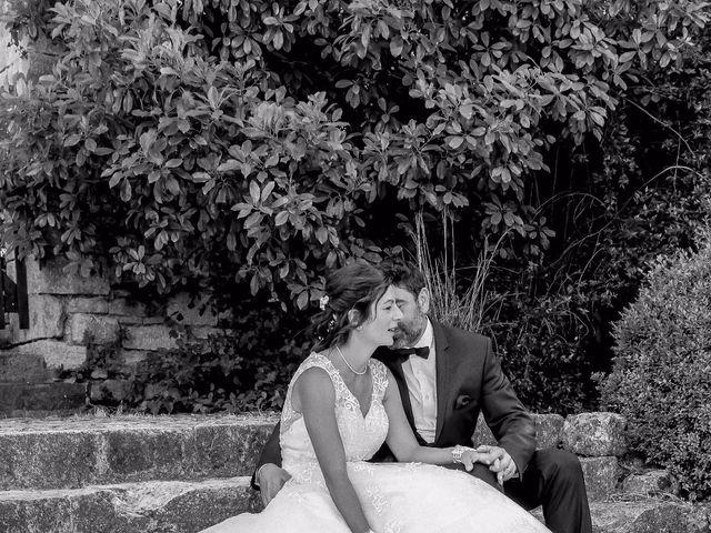 Le mariage de Paul et Céline à Saint-Amand-de-Coly, Dordogne 33