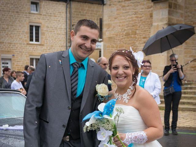 Le mariage de Arnaud et Alexandra à Remilly-Aillicourt, Ardennes 16
