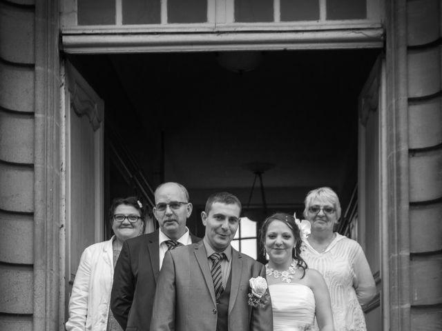 Le mariage de Arnaud et Alexandra à Remilly-Aillicourt, Ardennes 19