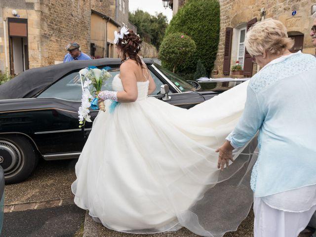 Le mariage de Arnaud et Alexandra à Remilly-Aillicourt, Ardennes 40