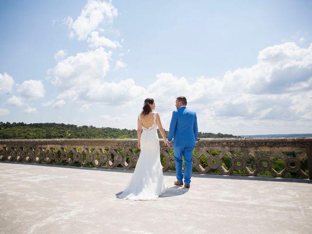 Le mariage de Cyril et Chloé à Uzès, Gard 1