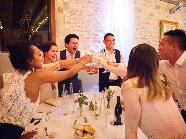 Le mariage de Cyril et Chloé à Uzès, Gard 17