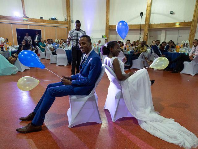Le mariage de Julien et Ruthline à Clermont-Ferrand, Puy-de-Dôme 34