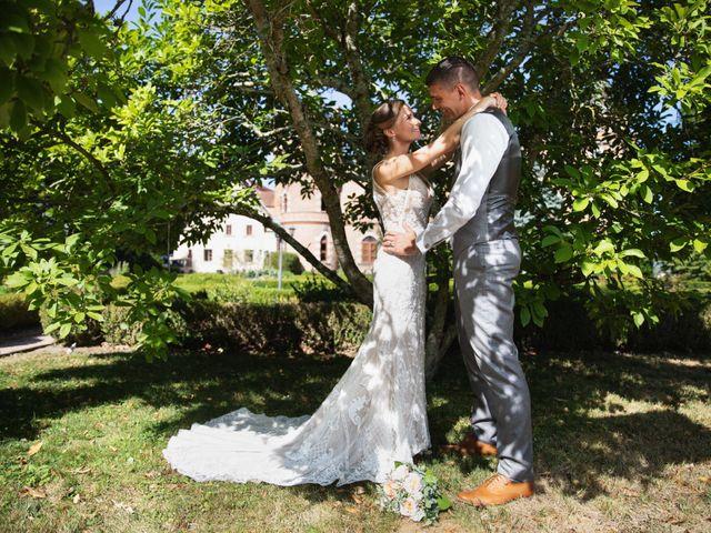 Le mariage de Damian et Katie à Saint-Priest-Bramefant, Puy-de-Dôme 4