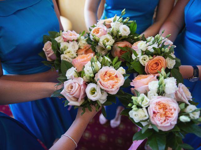 Le mariage de Damian et Katie à Saint-Priest-Bramefant, Puy-de-Dôme 11