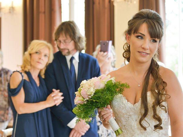 Le mariage de Florian et Armelle à Grenade, Haute-Garonne 35