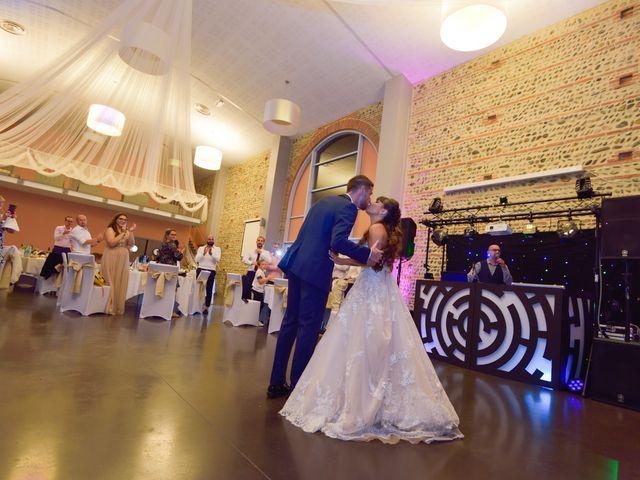 Le mariage de Florian et Armelle à Grenade, Haute-Garonne 77
