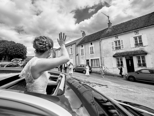 Le mariage de Thierry et Mathilde à Ancy-le-Franc, Yonne 43
