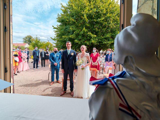 Le mariage de Thierry et Mathilde à Ancy-le-Franc, Yonne 47