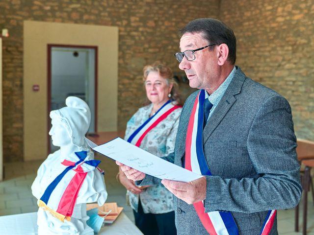 Le mariage de Thierry et Mathilde à Ancy-le-Franc, Yonne 54