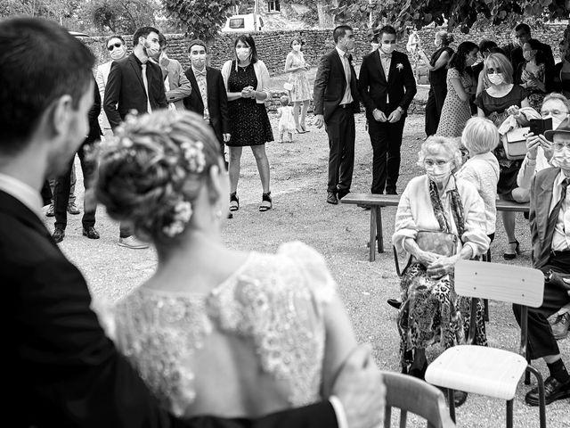 Le mariage de Thierry et Mathilde à Ancy-le-Franc, Yonne 61