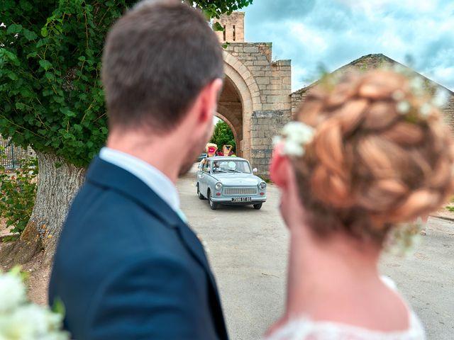 Le mariage de Thierry et Mathilde à Ancy-le-Franc, Yonne 66