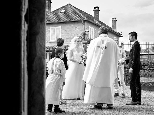 Le mariage de Thierry et Mathilde à Ancy-le-Franc, Yonne 69