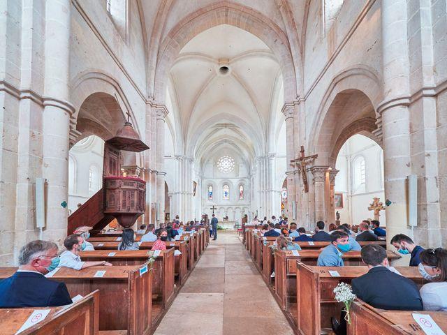 Le mariage de Thierry et Mathilde à Ancy-le-Franc, Yonne 70