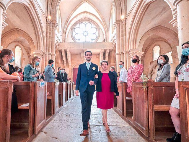Le mariage de Thierry et Mathilde à Ancy-le-Franc, Yonne 72