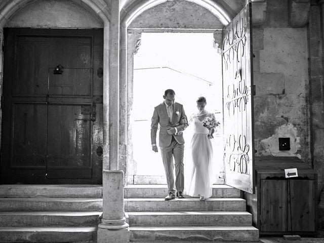 Le mariage de Thierry et Mathilde à Ancy-le-Franc, Yonne 74